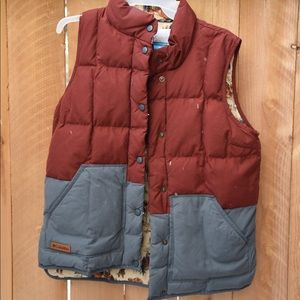 Columbia South Canyon Bluff Insulated Vest Womens